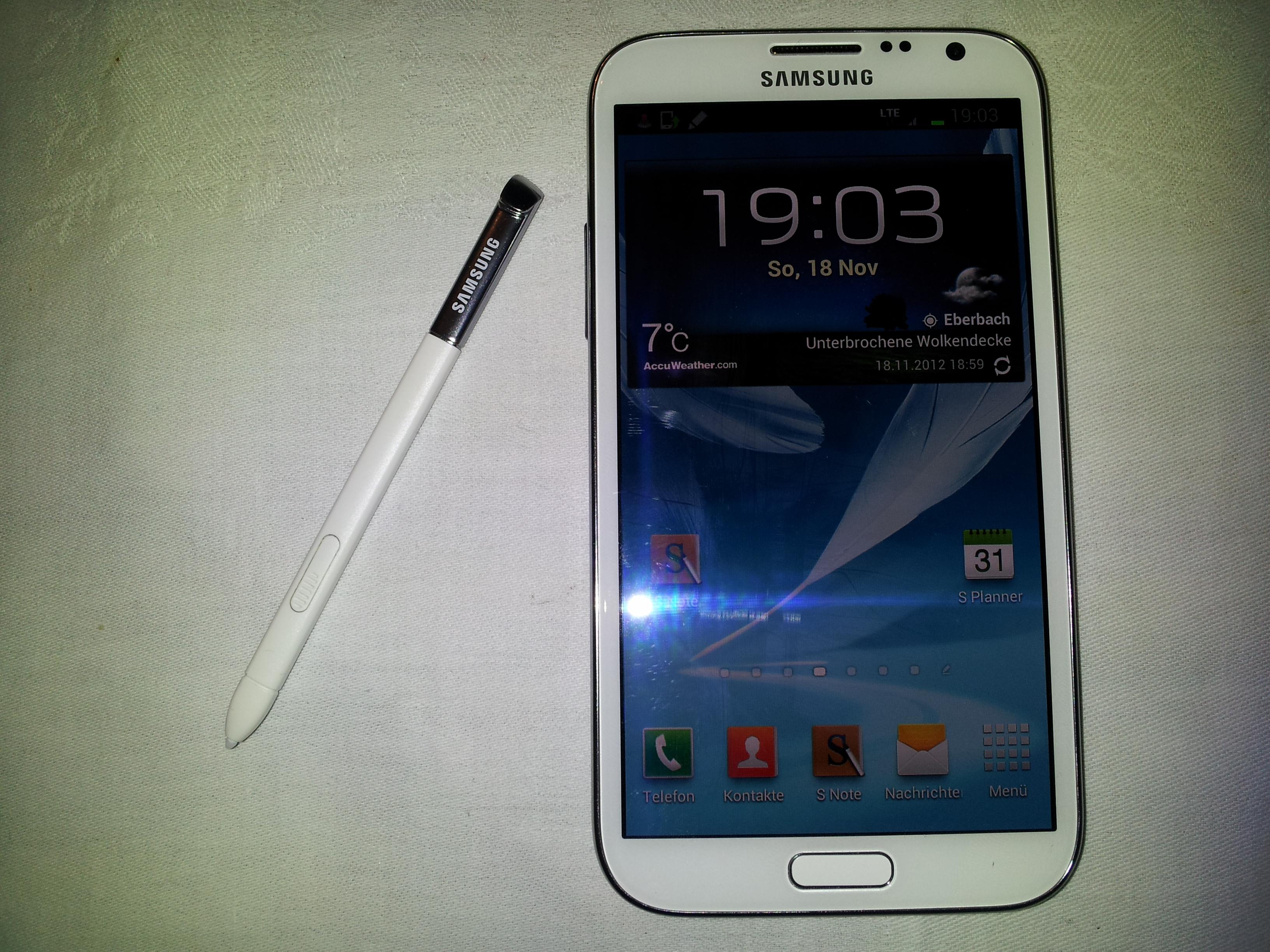 Samsung_Galaxy_note_2_LTE_3
