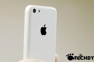 iphone budget, iphone plastic, iPhone lowcost (1)