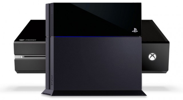 xbox-one-vs-ps4-product-shots-640×353