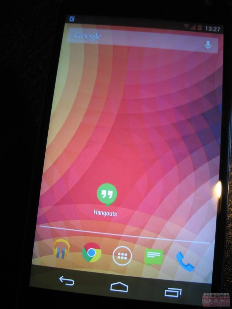 Kitkat 44 on Nexus 4 main Screen
