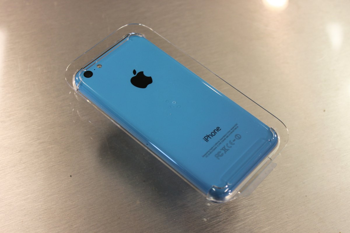 Iphone 5c Blue Held Into Plastic Core Axeetech