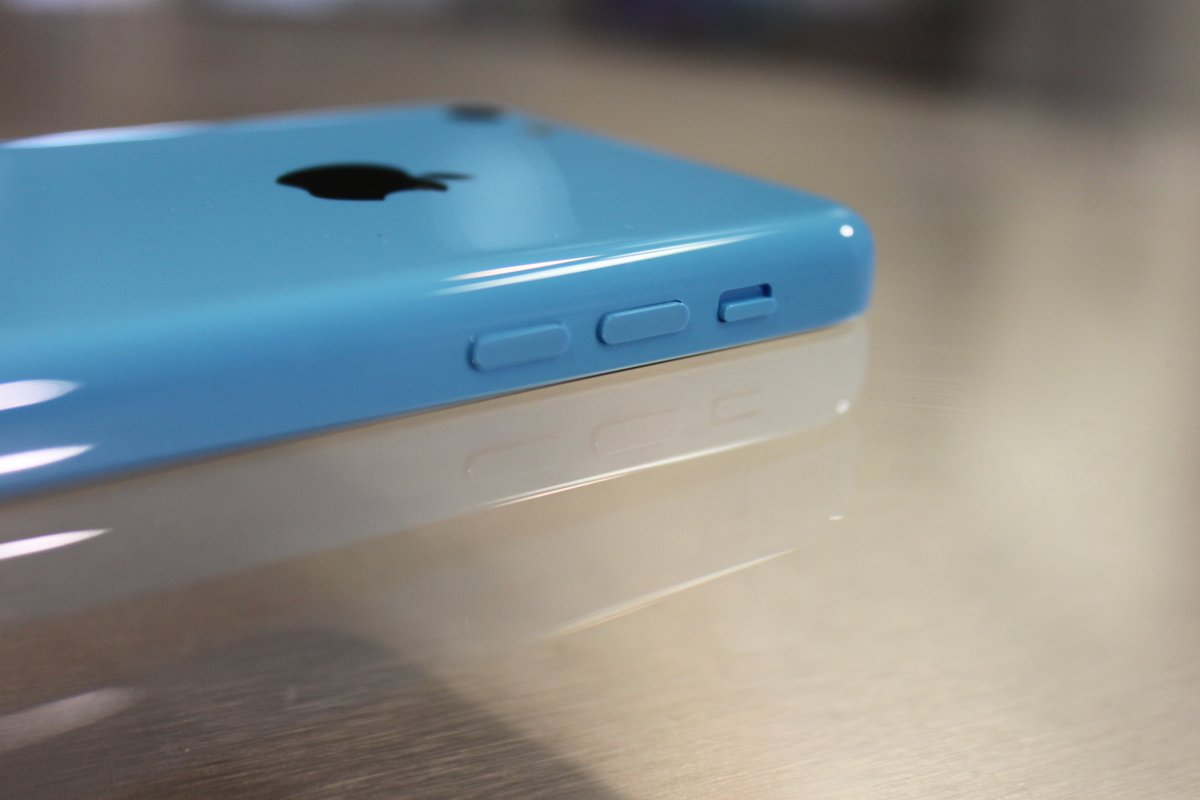 iPhone 5's Volume Buttons, made with Plastic