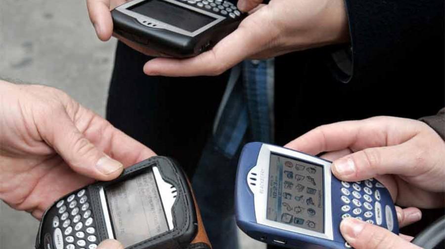 BlackBerry 2006 CrackBerry-900-90