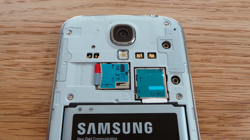 Samsung-galaxy-s4-sim-fitted