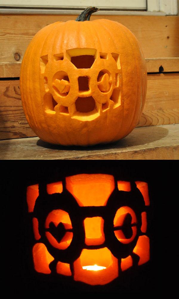 Cube_pumpkin_carving