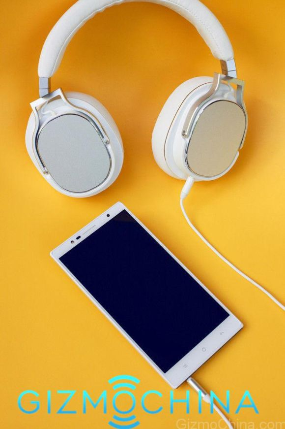 150107-oppo-u3-4X-optical-zoom-smartphone-03