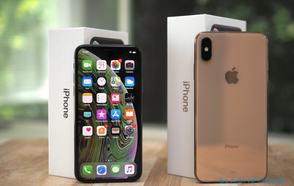 iPhone-XS-XR-Max-Stock-Wallppaers
