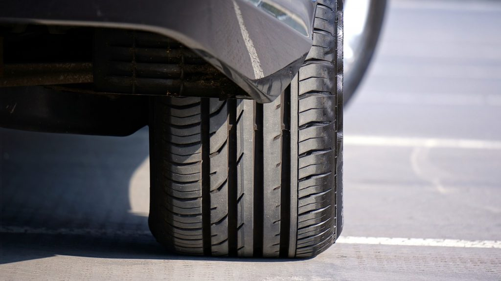 Rubber Tyre EV VEhicle