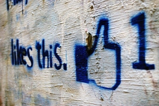 10 secret ways of becoming famous on Facebook.