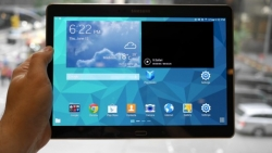 Samsung Galaxy Tab S 10.5 is out now, Is it an iPad competitor? A full Review