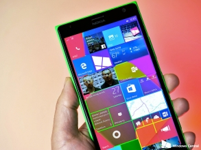 Windows 10 Mobile Starts to Rollout for Windows Phone 8.1 Devices