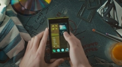 Jolla first ever SailFish OS based smartphone is out now, costs €399.
