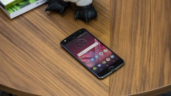 Moto Z2 Play Specifications,features
