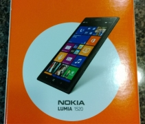 A User Succeeded to buy Nokia Lumia 1520 phablet a week before its launch