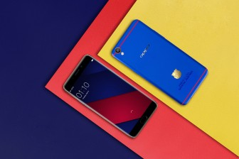 Oppo F1 FC Barcelona smartphone is officially released.