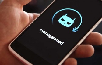 How to capture screen shot in CyanogenMod 13 loaded smartphones.